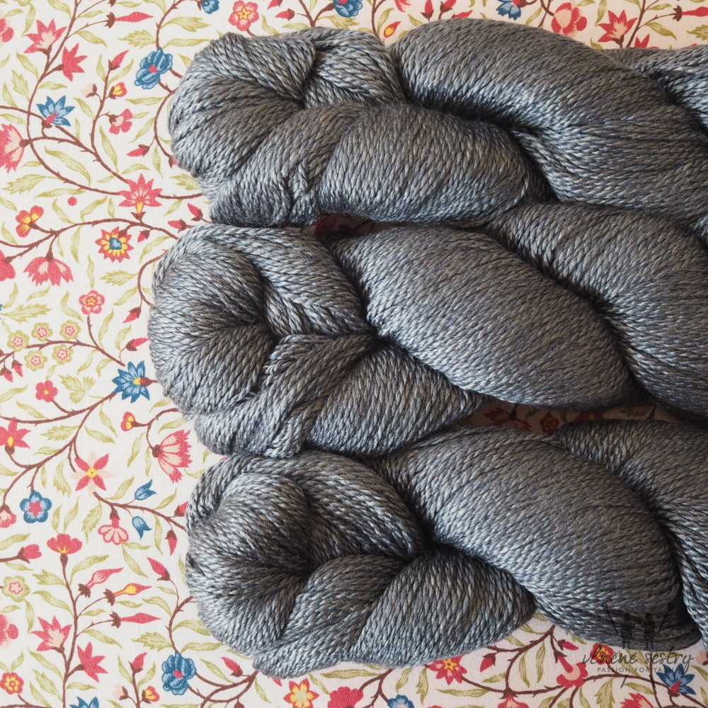 Scrumptious 4 ply - Slate