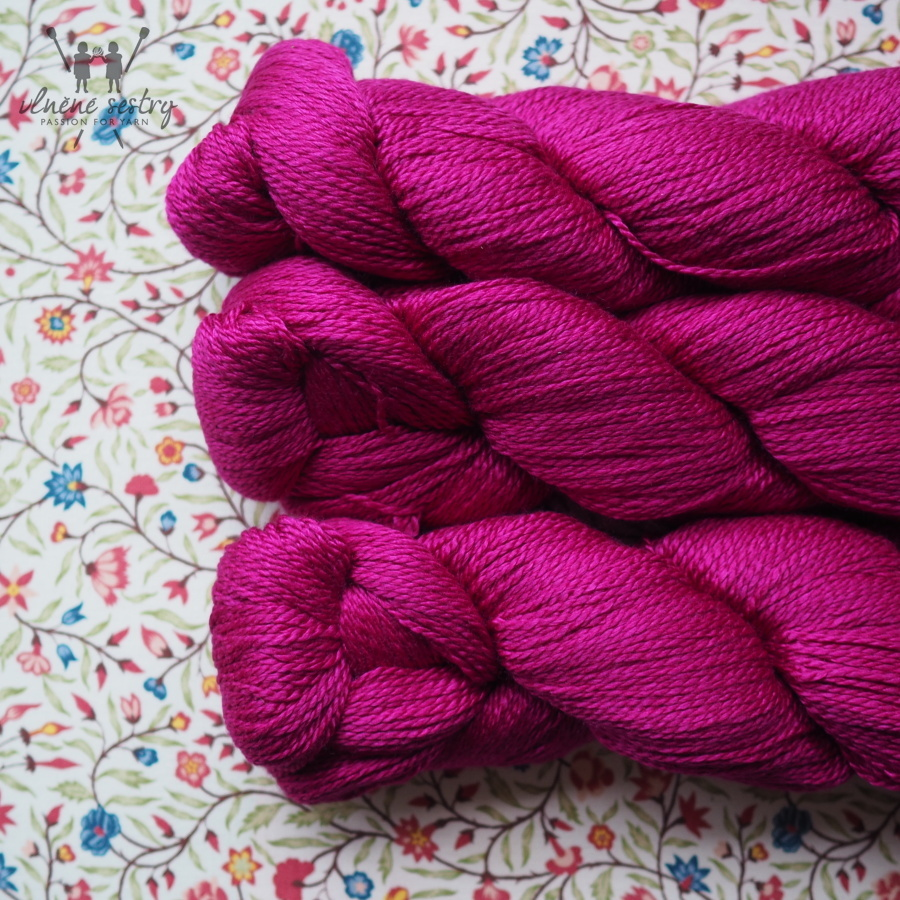 Scrumptious 4 ply - Magenta