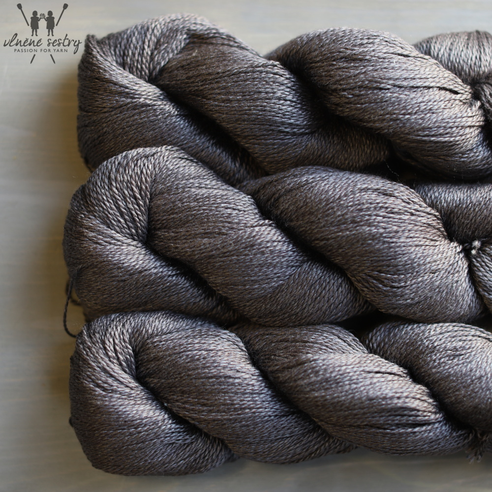 Scrumptious 4 ply - Charcoal