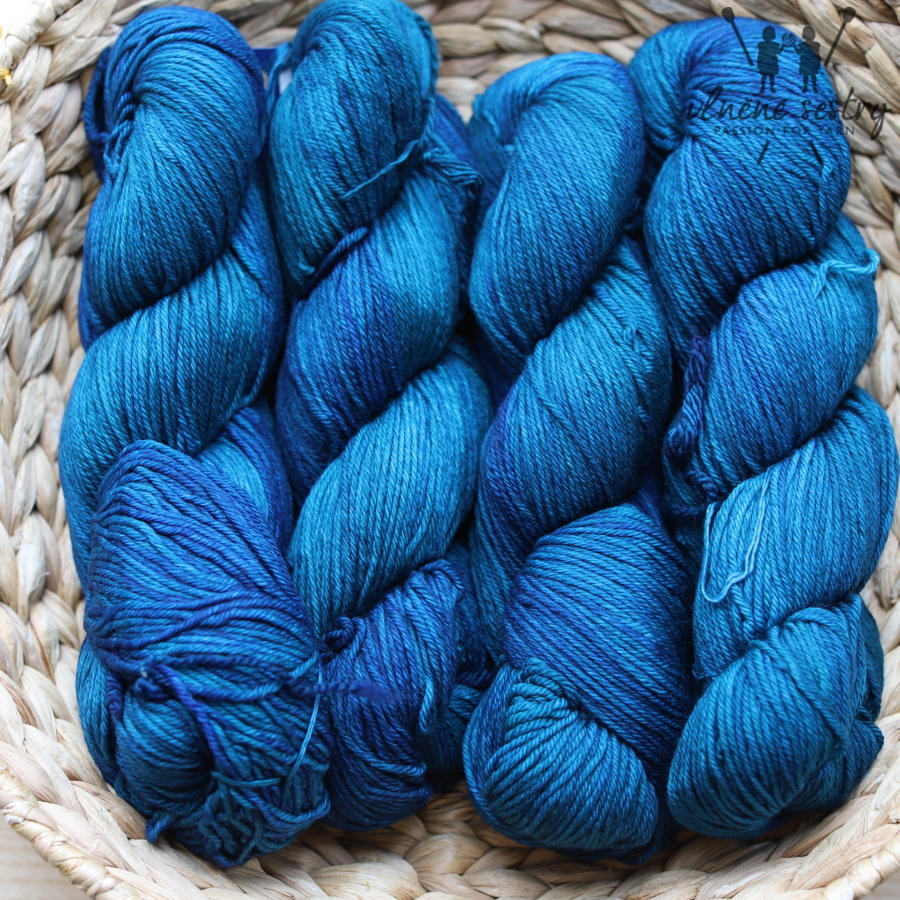 Malabrigo Arroyo 685 Greenish Blue