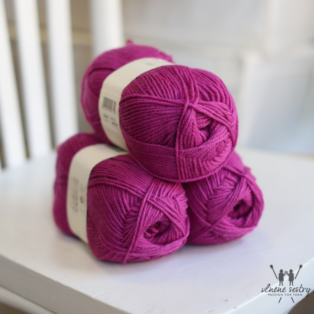 Pure Wool Worsted 119 Magenta