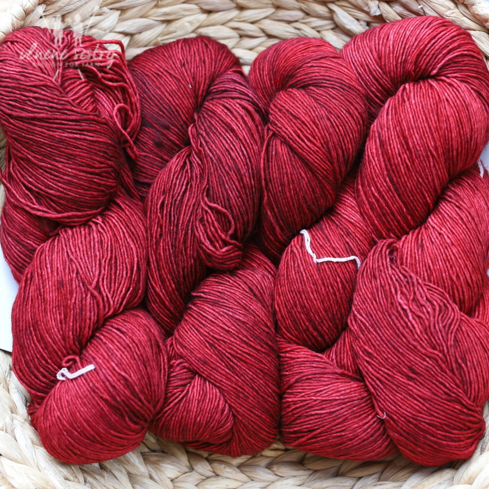 Malabrigo Mechita 33 Cereza